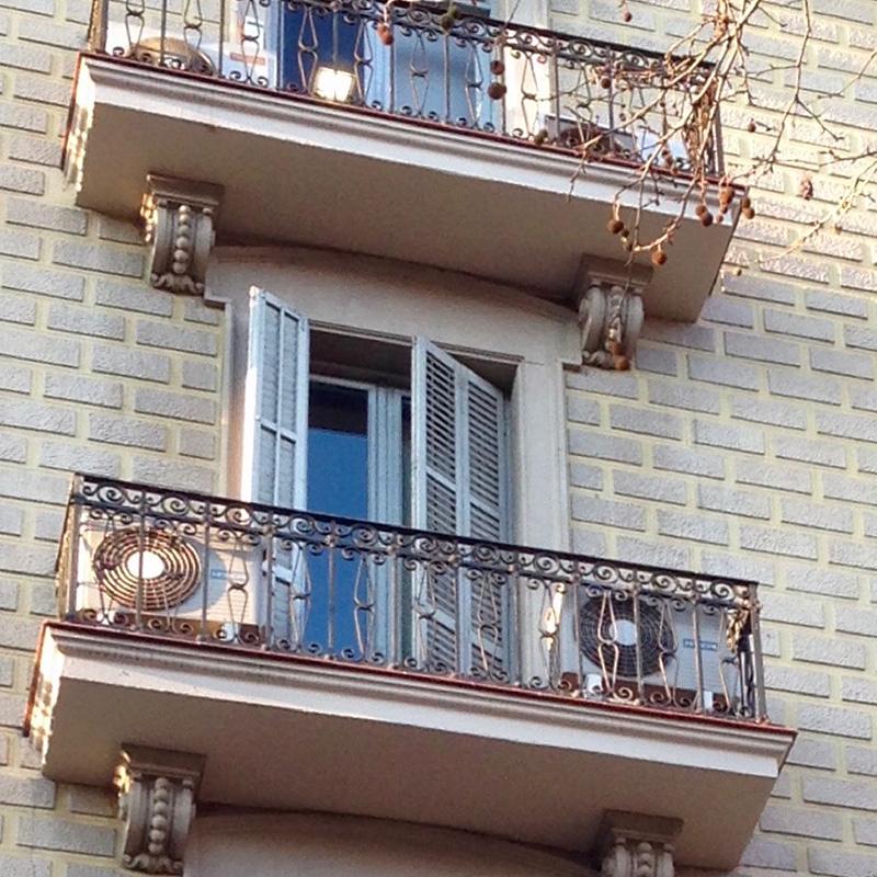 rehablitación de la fachada en diagonal