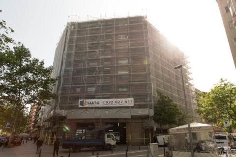 Rehabilitació façana edifici en la Gran Via de Barcelona