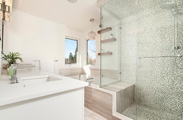Platos de ducha de obra. Consejos para su colocación